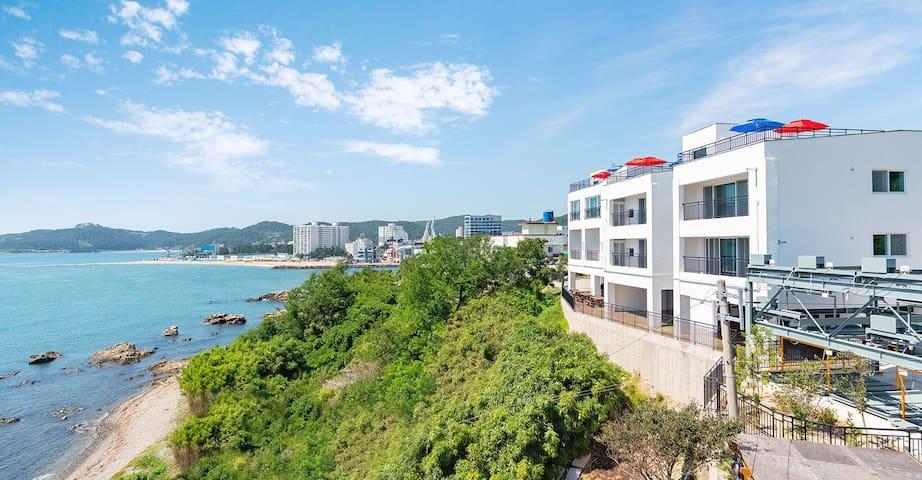 나디아 펜션 아름다운 바다 뷰(Beautiful Sea View Nadia Pension)