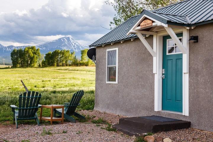 Mountain Marvel Cottage - Near Westcliffe, CO