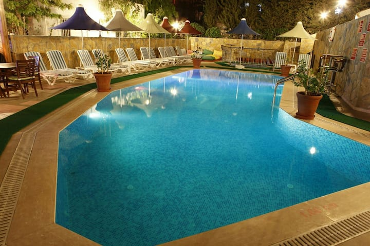 Bitez Sun 1+1 Flat with pool