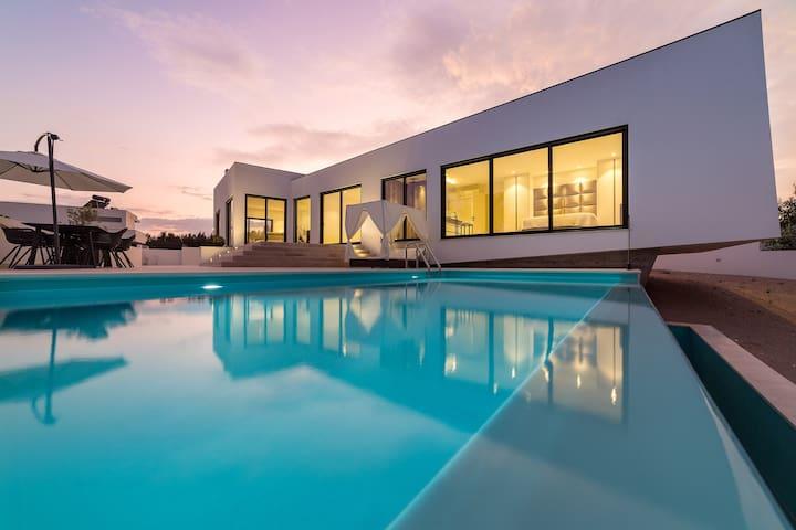 Luxury Villa | top designer, São Martinho Do Porto