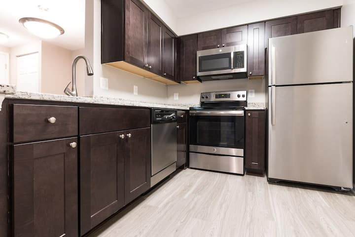 Live + Work + Stay + Easy | 1BR in Manassas