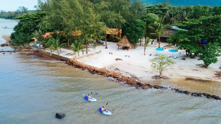 Capella Resort Phu Quoc - Standard Double 2 Beds