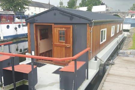 Houseboat, Sallins Harbour - Sallins - Vene