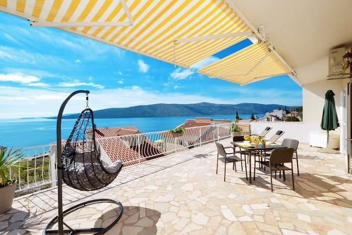 Apartman Lavanda with private big terrase.
