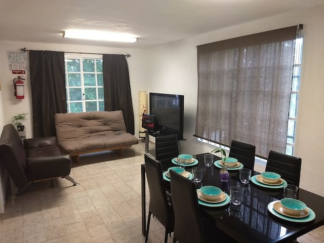 My little Centric Cancun Downtown apartment 2floor