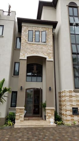 Brand New! Upscale  2 B/R Apt in Norbrook
