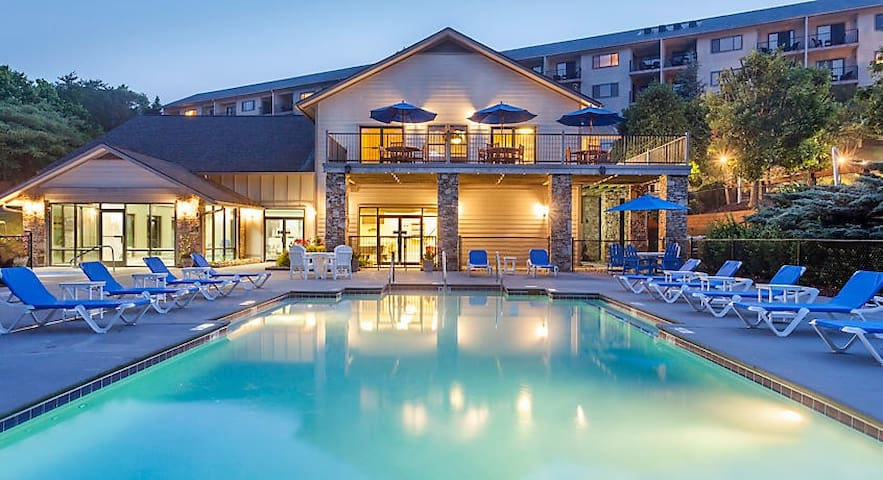 One-Bedroom Resort Unit at Pigeon Forge