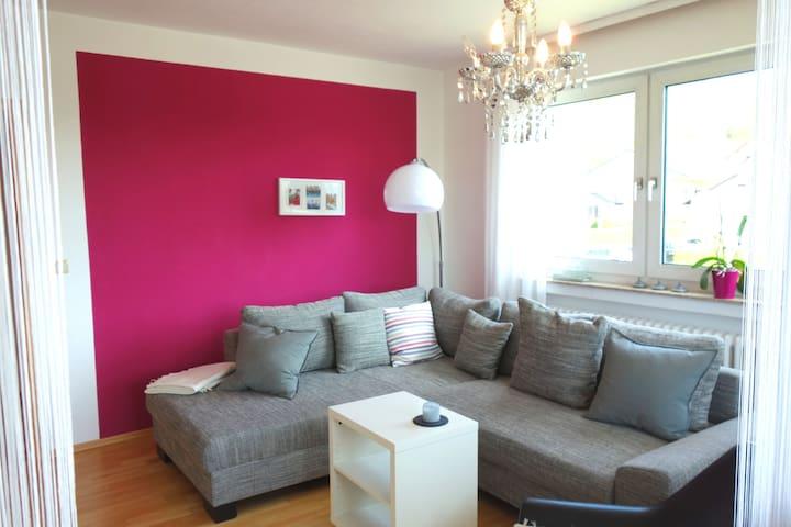Moderne und gemütliche Ferienwohnung - Bad Bocklet - Apartament