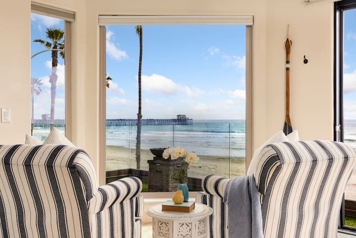 Beachfront Condo, Panoramic Doors! S207-2