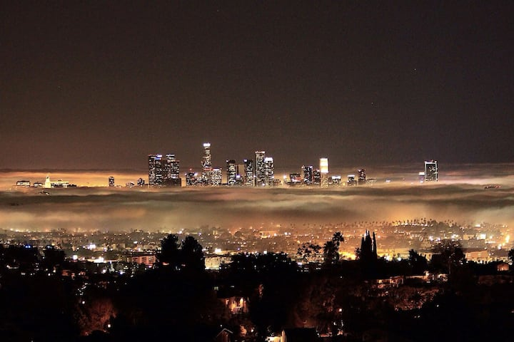 Hollywood Hills Panoramic Penthouse Studio