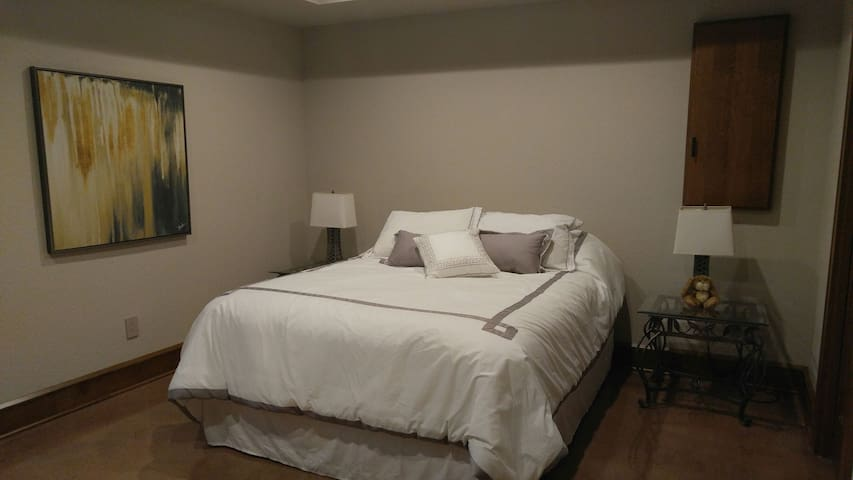 Beautiful living space! - Plymouth - Hus