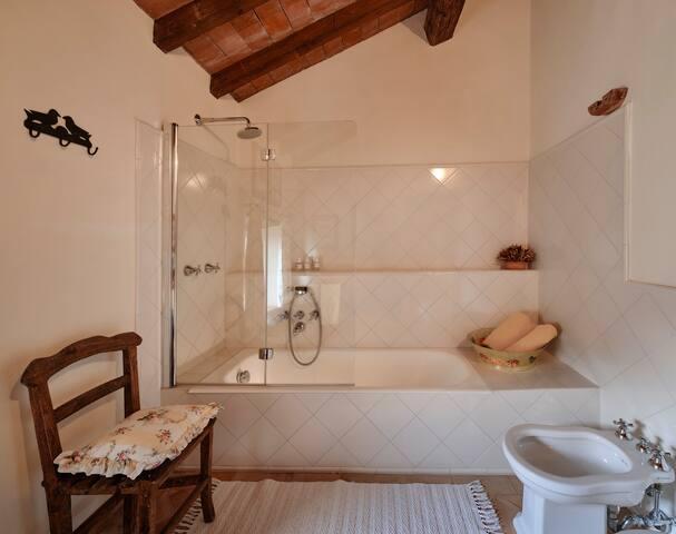 SUITE TORRETTA BATHROOM. 2nd fool. The bathroom is next door, outside the room,