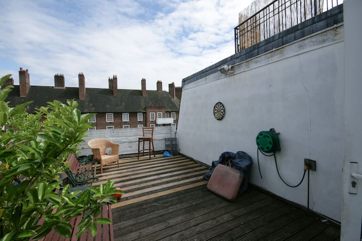 Bright room in Central London Converted Warehouse. - Londres - Apartamento