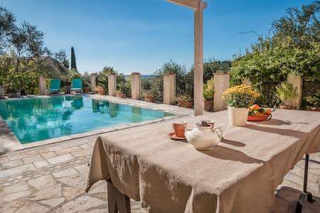 Mastrogiannis private villa Lemonia