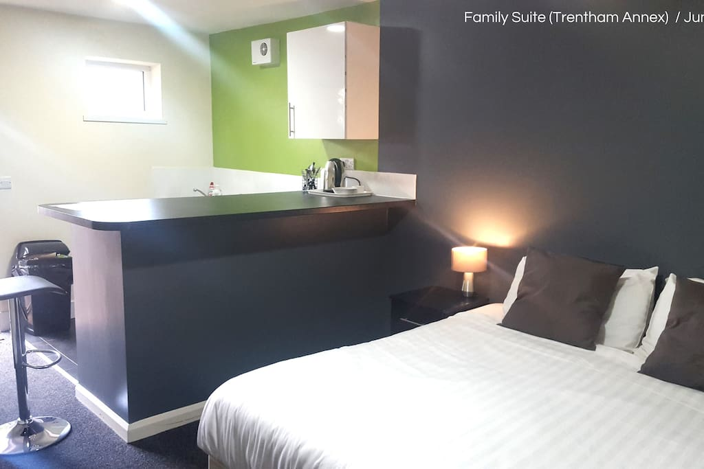 Trentham Annex Family Suite with large Bar catering for the whole family
