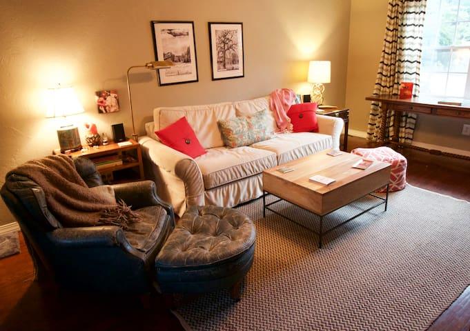Cozy & Comfortable Central Location - Oklahoma City - Ház
