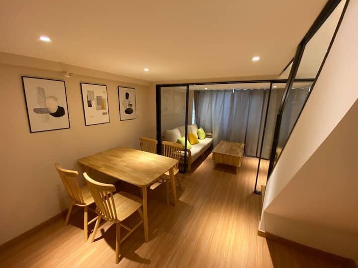 大空间一室一厅复式温馨Loft大床房近影院商圈|森林公园|艺术馆|八里桥|温泉