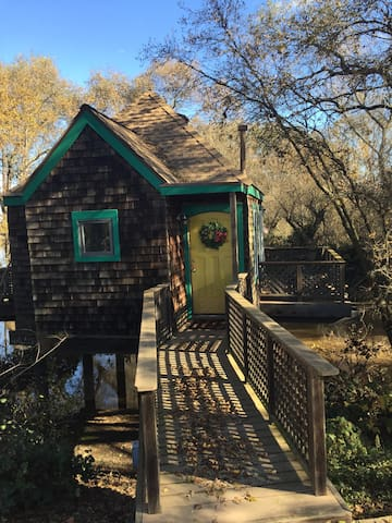 Nicolaus Ranch Tiny Cabin Hideaway - Galt - Houten huisje