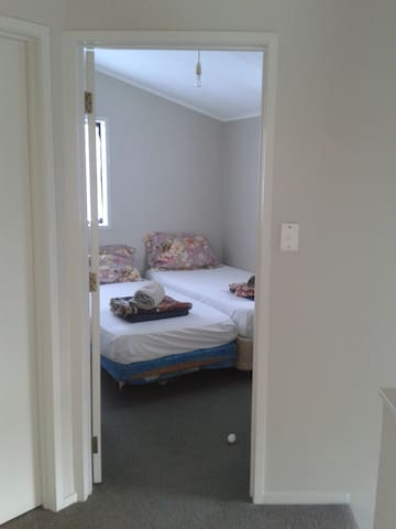 Town House ( Great Location, Free Wifi ) - Auckland - Huis
