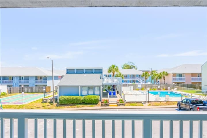Walk2beach from Southwind I9! Mar 26 to 28 $417! Pool Views & Budget Friendly