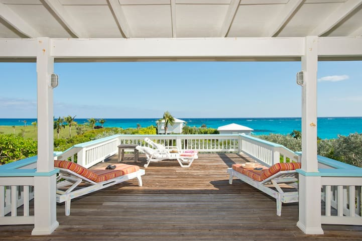 Pink Sand Beach House Luxury for 2 Bahamas Island!