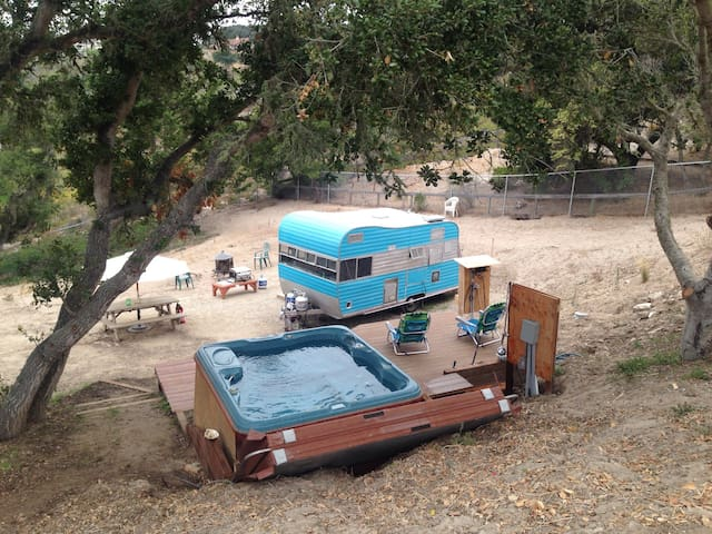 The Classic Trailer in Mesa Oaks - Lompoc - รถบ้าน/รถ RV