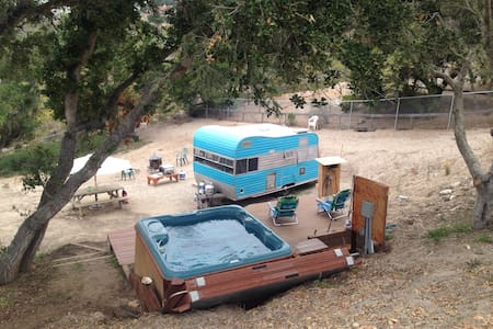 The Classic Trailer in Mesa Oaks - Lompoc - Wóz Kempingowy/RV