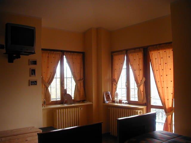 camera doppia in agriturismo - Castagneto po - Villa