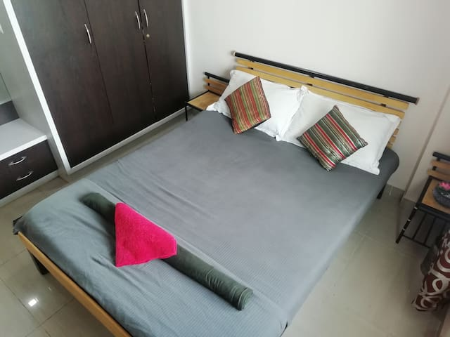 Clean Comfortable & Homely Room@Safal Market BLR.