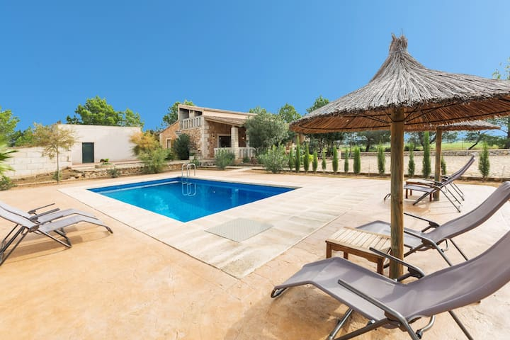 SA CUNIA - Villa with private pool in Campos. Free WiFi