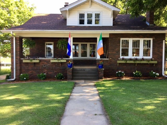 Timeless Character & Charm-Bungalow Near Downtown