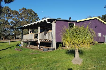 Tranquil Sheoak Cottage 6.5km east of Denmark town