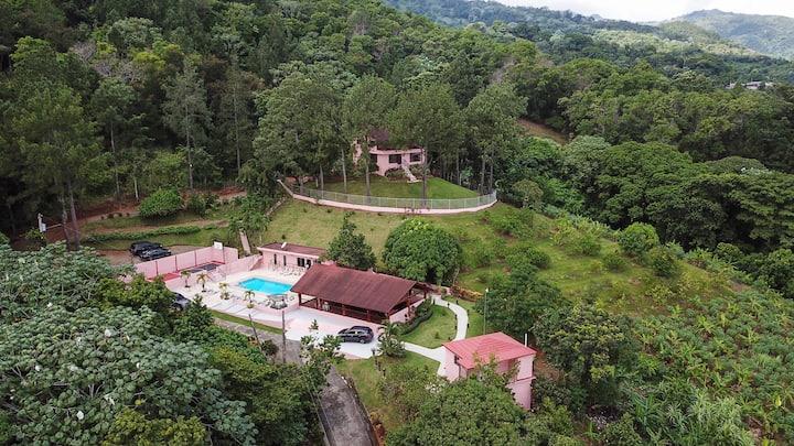 Villa Grecia Majestuosa y privada villa en Bonao
