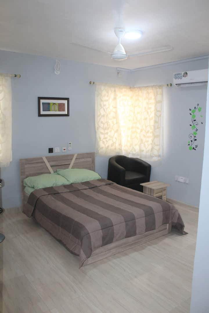 Suite 8 - AGh Intl Serviced Apartments Near U.I