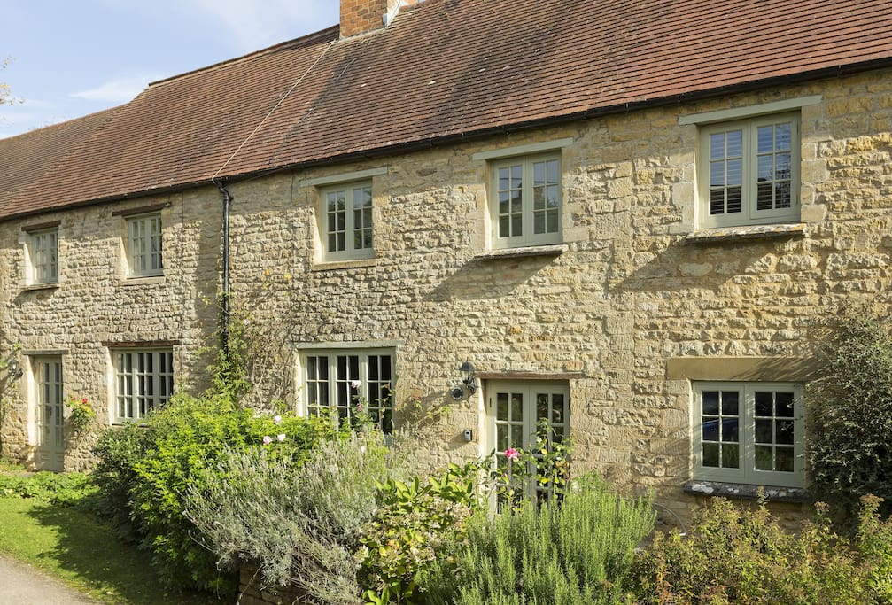 Bed Property To Rent Chipping Norton