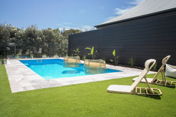 Renovated coastal home, close to beach with pool!