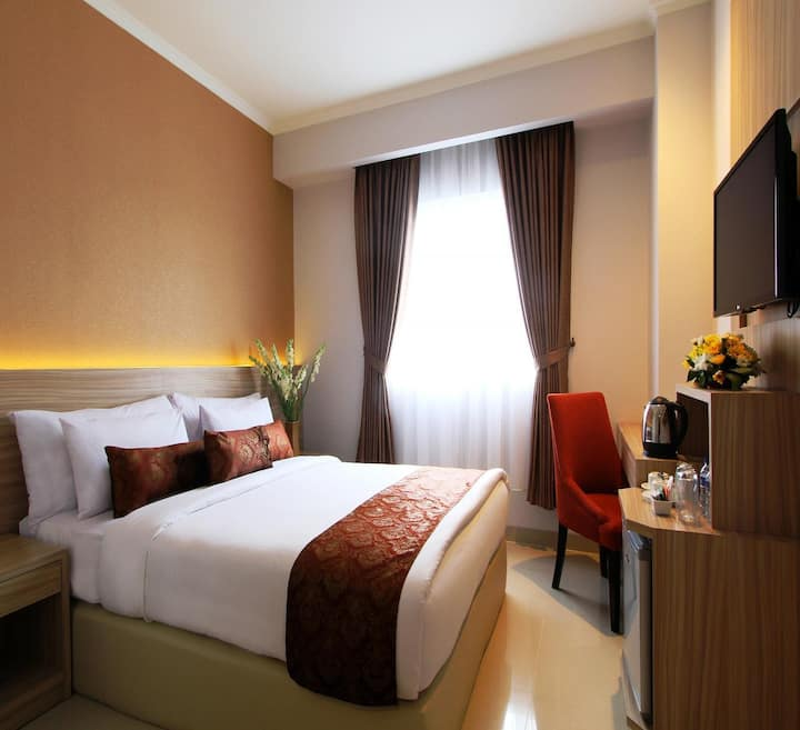 Comfortable Room Deluxe At Solo
