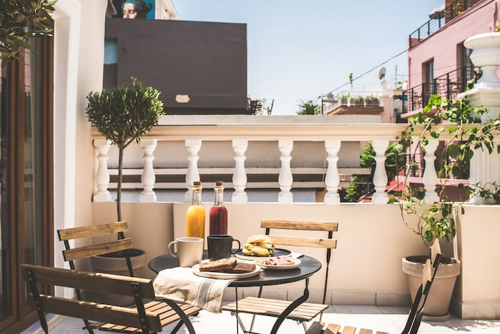 Breakfast on the balcony of your home in Athens!