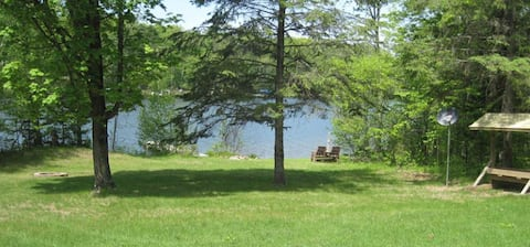 Lovely Private Cozy Vacation Cabin-Callahan Lake