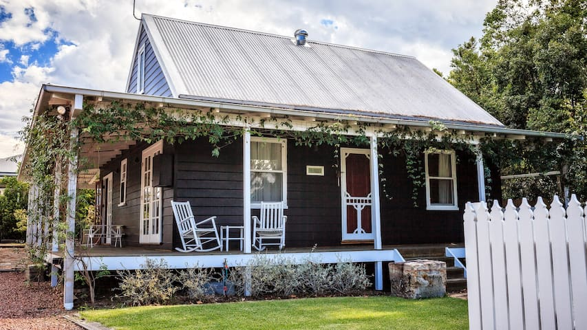 The Close Cottage and Studio