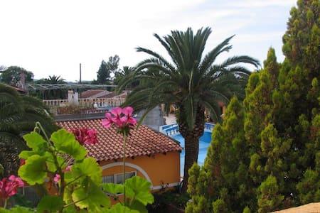 Roda  Beach Appartments - Corfu - Bungalow