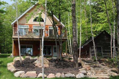 Lakefront South Algonquin Paradise - Highland Grove - Blockhütte