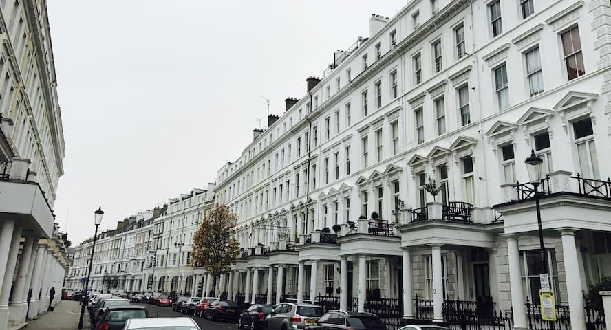 Modern Apartment in Kensington W8 - London - Flat
