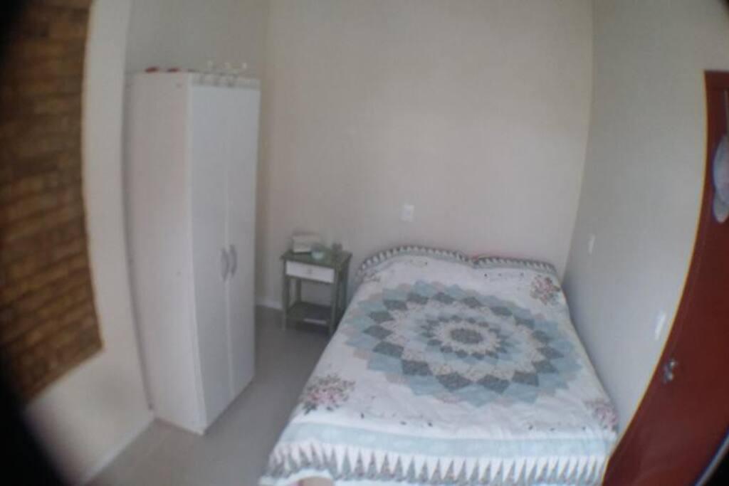 Quarto cama casal