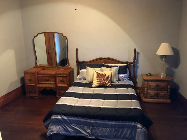 Caledonia On The Bluff - 2nd Floor: Bedroom 3 of 3