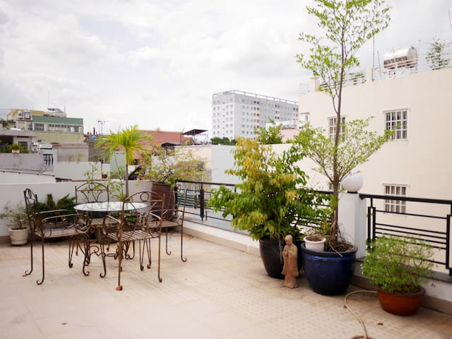 Lovely House in a Quiet Area + Large Rooftop - Ho Chi Minh City - House