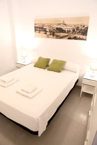5M. Apartamento amueblado para vivir en Sevilla.