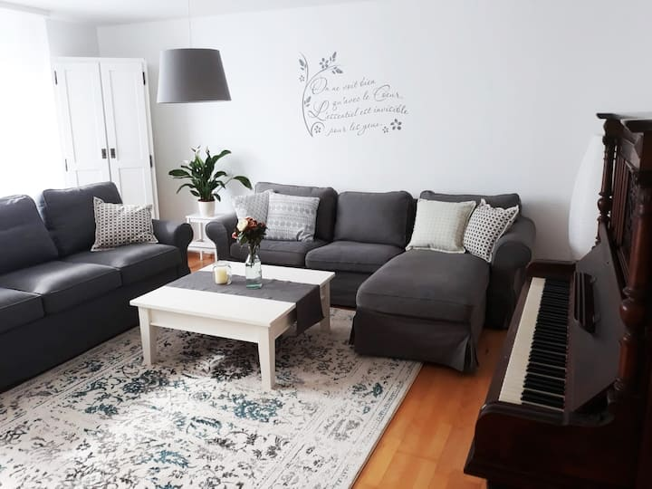 Charmante, sonnige 3-Zimmer-Wohnung (85 qm)