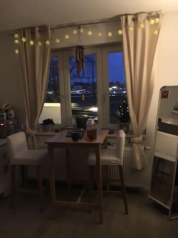 Bright and cosy Studio in the centre!
