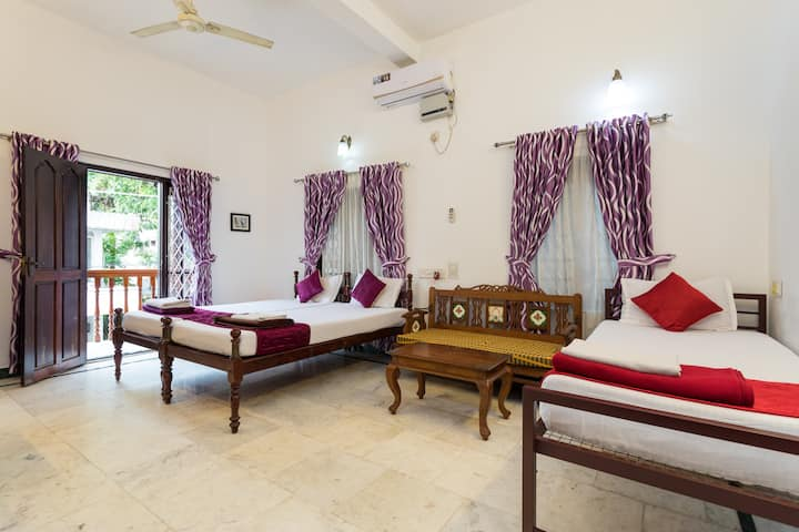 Air Conditioned Triple bed room with Balcony